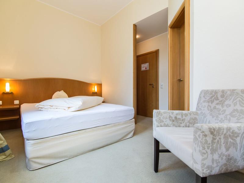 Standard Einzelzimmer (ab 80 €)